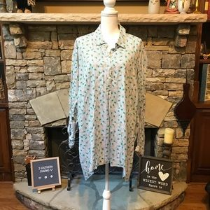 NWT Premise Studio Button Up Pineapple Tunic Top